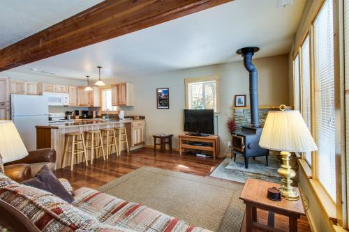 Cozy Tahoma Cabin -  Vacation Rental - Photo 1