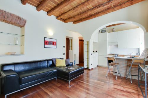 Como City Escape -  Vacation Rental - Photo 1
