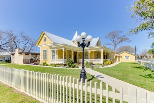 The Victorian Mansion: King's Overlook -  Vacation Rental - Photo 1