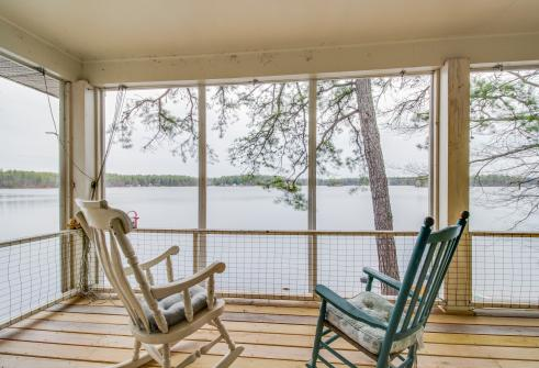 Selah Lakefront Retreat -  Vacation Rental - Photo 1