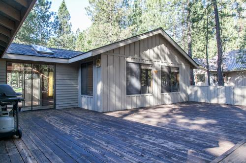 Candy Flower Cabin -  Vacation Rental - Photo 1