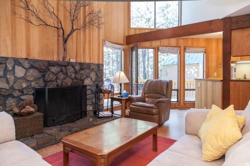 Black Butte House 38 -  Vacation Rental - Photo 1