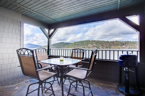 Waterfront Wonder (D102) -  Vacation Rental - Photo 1