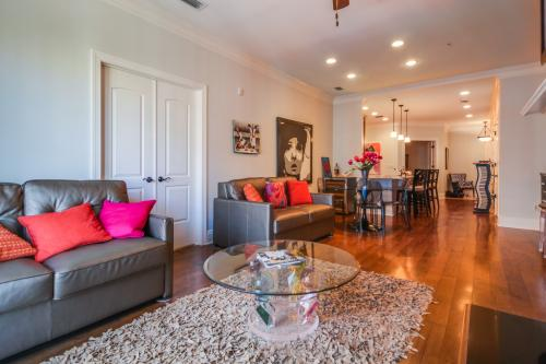Savannah Comfort -  Vacation Rental - Photo 1