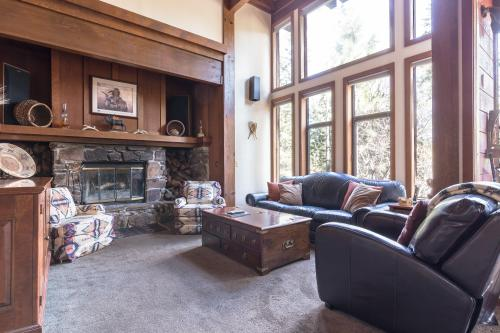 Chukar Circle Cabin - Homewood, CA Vacation Rental