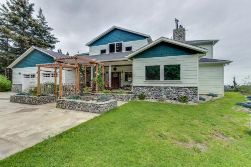 Pacific View Estate - Port Orford, OR Vacation Rental