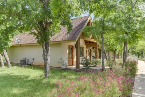 Messina Hof Hill Country: President Cottage -  Vacation Rental - Photo 1