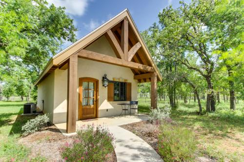 Messina Hof Hill Country: Paris Cottage - Fredericksburg, TX Vacation Rental