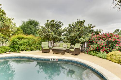 Downtown Retreat-Full Property -  Vacation Rental - Photo 1