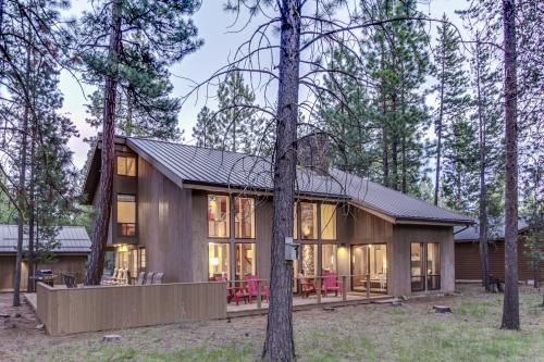 Black Butte Ranch Aspen Lodge -  Vacation Rental - Photo 1