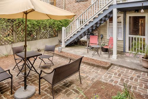 Savannah Garden - Savannah, GA Vacation Rental