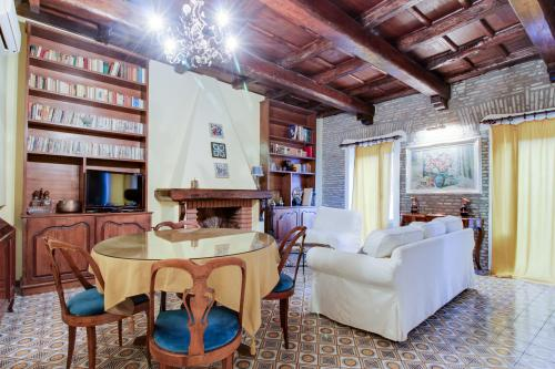 Spanish Steps Suite  -  Vacation Rental - Photo 1