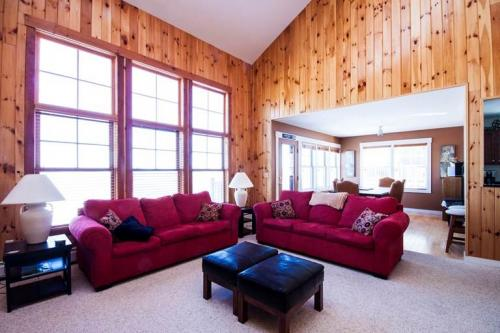 Top Ridge: 34B -  Vacation Rental - Photo 1