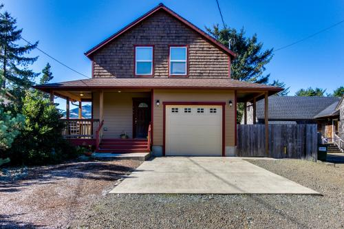 Twin Rocks Vacation Rental - Rockaway Beach, OR Vacation Rental