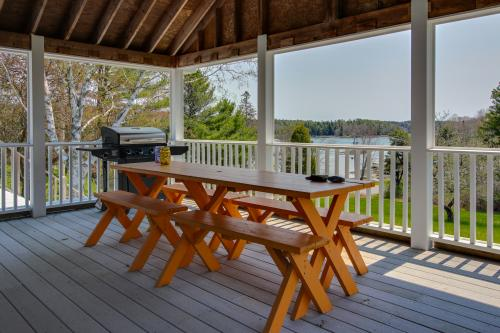 Peg's Pond House - Trevett, ME Vacation Rental