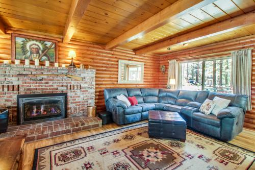 Rustic Tomahawk Cabin* - South Lake Tahoe, CA Vacation Rental