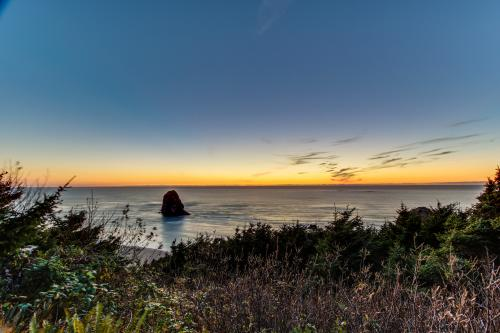 The Blue Pelican: Private Hot Tub & Ocean Views - Arch Cape, OR Vacation Rental