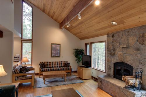 Black Butte Ranch Hollyhock 14 - Black Butte Ranch Vacation Rental