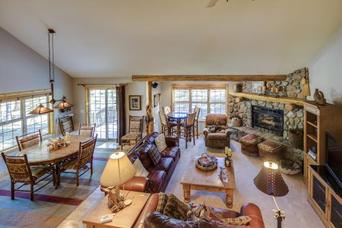 10 Three Iron - Sunriver, OR Vacation Rental