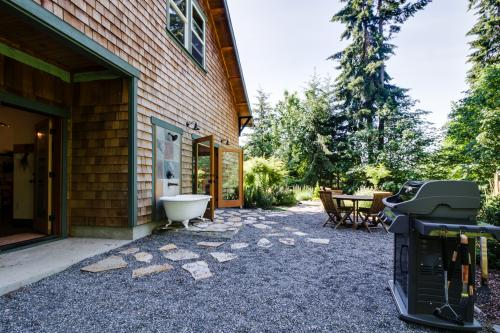 The Artist's Retreat - Bainbridge Island, WA Vacation Rental