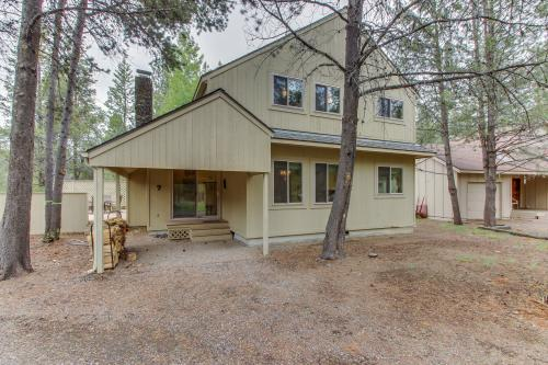Mt View Lane 7 | Discover Sunriver - Sunriver, OR Vacation Rental