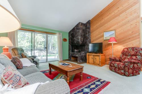 Quelah Condo 4   Discover Sunriver -  Vacation Rental - Photo 1