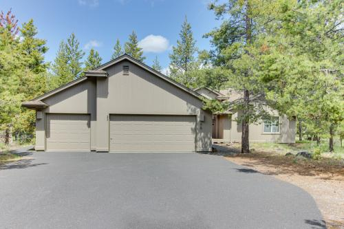Red Cedar 42 | Discover Sunriver - Sunriver, OR Vacation Rental