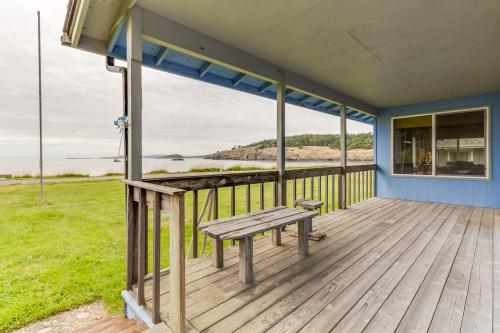 Agate Beach Cabin - Lopez Island, WA Vacation Rental
