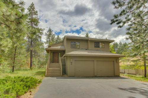 Lava Butte Lane 03 | Discover Sunriver -  Vacation Rental - Photo 1