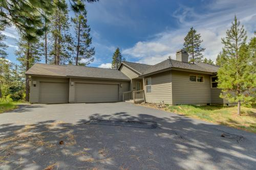 Oregon Loop 8 | Discover Sunriver - Sunriver, OR Vacation Rental