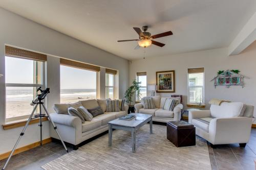 La Dolce Vita - Gold Beach, OR Vacation Rental
