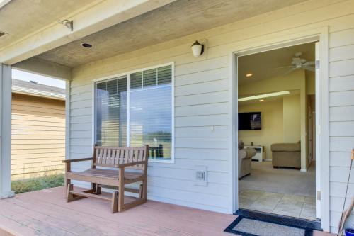 Admiralty House - Waldport, OR Vacation Rental