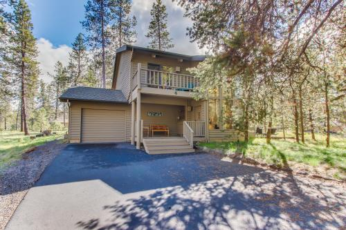 Blue Goose Lane 04 | Discover Sunriver - Sunriver, OR Vacation Rental