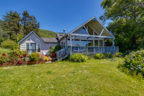 The Whalen House - Pacific City, OR Vacation Rental