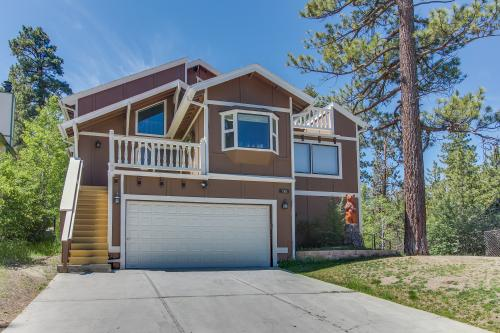 Beau Summit  - Big Bear City, CA Vacation Rental