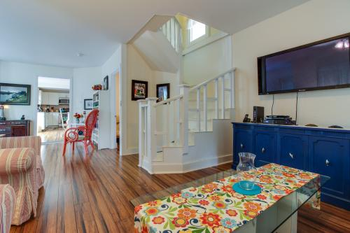 The Wayland Victorian - Oak Bluffs, MA Vacation Rental