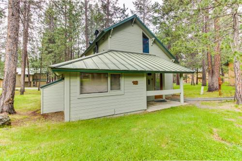 Ranch Cabin 12 | Discover Sunriver - Sunriver, OR Vacation Rental