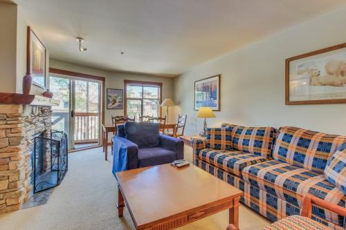 Powderhorn Lodge 311: Poppy Suite -  Vacation Rental - Photo 1