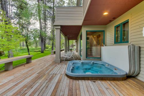 Fairway Lane 1 | Discover Sunriver - Sunriver, OR Vacation Rental