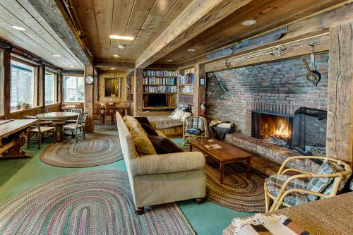 Rivendell - Squaw Valley Vacation Rental