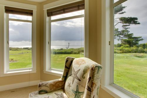 Wandering Whale -  Vacation Rental - Photo 1