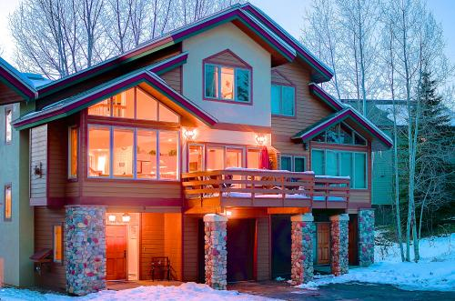 The Chalet at Elk Run -  Vacation Rental - Photo 1