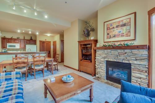 Powderhorn Lodge 107: Columbine Suite -  Vacation Rental - Photo 1