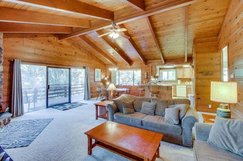 Creekside Retreat (02/386) - Groveland, CA Vacation Rental