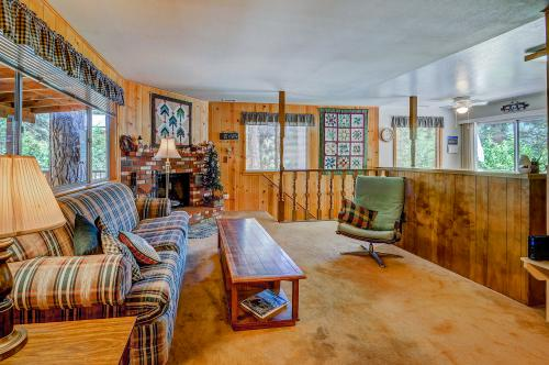 Foster's Meadow - Idyllwild, CA Vacation Rental