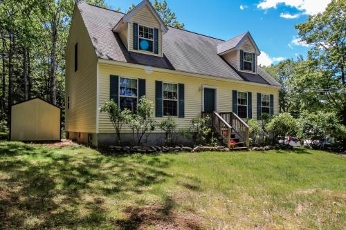 Sunshine Cottage - East Boothbay, ME Vacation Rental