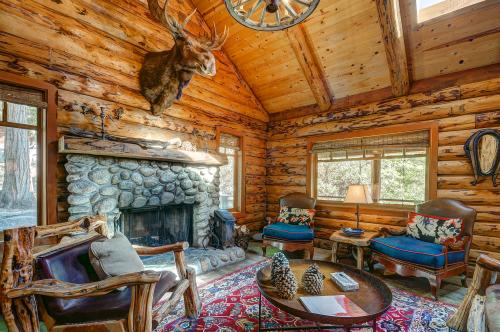 Edelweiss Log Cabin - Idyllwild, CA Vacation Rental