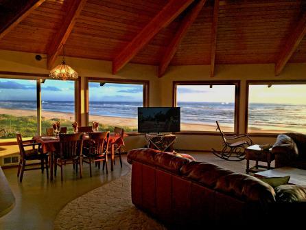 Las Brisas del Mar Oceanfront Home -  Vacation Rental - Photo 1