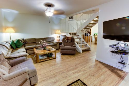 Crystal Waters Townhome - Tahoe City Vacation Rental