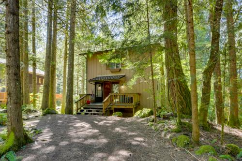 Big Bear River Retreat - Rhododendron, OR Vacation Rental